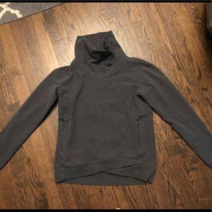 Lululemon sweatshirt, 8